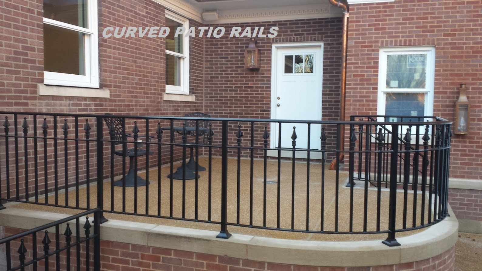 Bon Curved Patio Rails